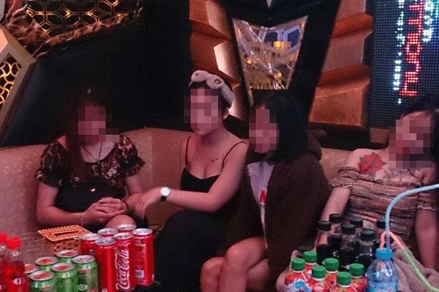"""Bắc Giang: 3 thiếu nữ cùng các nam thanh niên """"phê"""" ma túy trong quán karaoke - Ảnh 1"""