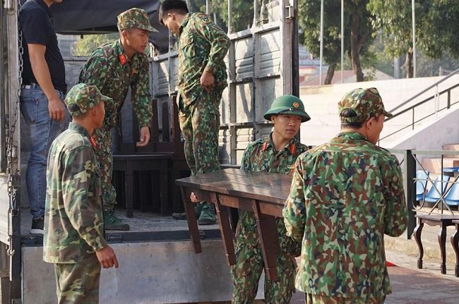 Cận cảnh sân vận động diễn ra phiên xét xử vụ nữ sinh giao gà bị sát hại ở Điện Biên - Ảnh 2