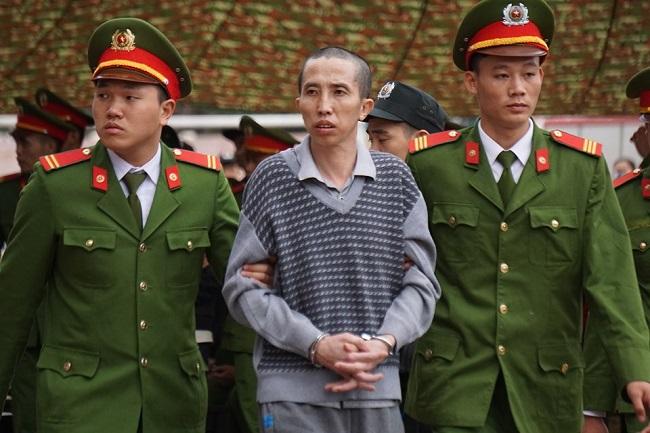 Xét xử vụ nữ sinh giao gà bị sát hại: Vợ chồng Bùi Văn Công vẫn một mực kêu oan - Ảnh 3