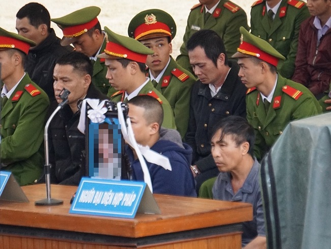 Xét xử vụ nữ sinh giao gà bị sát hại: Luật sư gia đình nạn nhân đề nghị tăng mức án với Bùi Thị Kim Thu - Ảnh 1