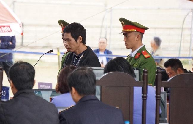 Xét xử vụ nữ sinh giao gà bị sát hại: Luật sư gia đình nạn nhân đề nghị tăng mức án với Bùi Thị Kim Thu - Ảnh 2