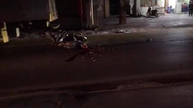 Tin tai nạn giao thông mới nhất hôm nay 8/12/2019: Xe tải lao vào nhà dân, 5 người kịp thoát thân - Ảnh 4