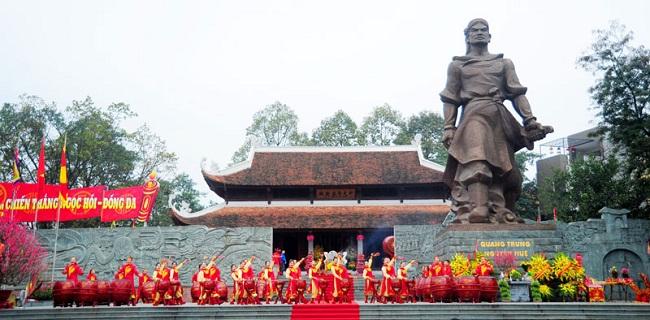 Những lễ hội cổ truyền đặc sắc sau Tết Nguyên đán trên khắp cả nước - Ảnh 3
