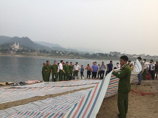 Vụ 8 học sinh chết đuối ở sông Đà: Thông tin chính thức từ UBND thành phố Hoà Bình - Ảnh 1