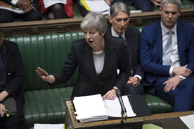Sắp tới hạn chót, Thủ tướng Anh Theresa May xin hoãn 'rời mái nhà chung với EU' thêm 3 tháng - Ảnh 1
