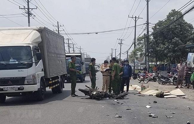 Tin tai nạn giao thông mới nhất ngày 28/3/2019: Xe khách đâm đoàn đưa tang, 7 người tử vong - Ảnh 3