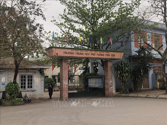 Vụ học sinh đồng loạt nghỉ học ở Quảng Ninh: Hàng trăm học sinh vẫn không chịu đến trường - Ảnh 1