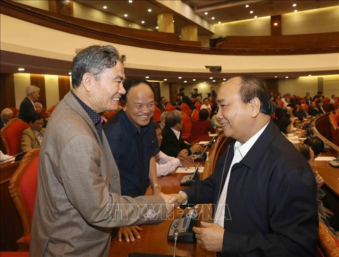 Tổng Bí thư, Chủ tịch nước Nguyễn Phú Trọng chủ trì Hội nghị gặp mặt cán bộ lãnh đạo cấp cao nghỉ hưu - Ảnh 6