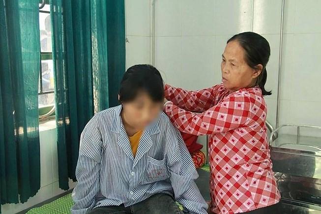 Vụ nữ sinh bị lột đồ, đánh hội đồng: 100% giáo viên tại Hưng Yên tham gia họp rút kinh nghiệm - Ảnh 2