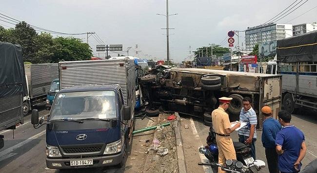 Tin tai nạn giao thông mới nhất ngày 12/4/2019: Ô tô lao vào đội đưa tang, 11 người thương vong - Ảnh 3
