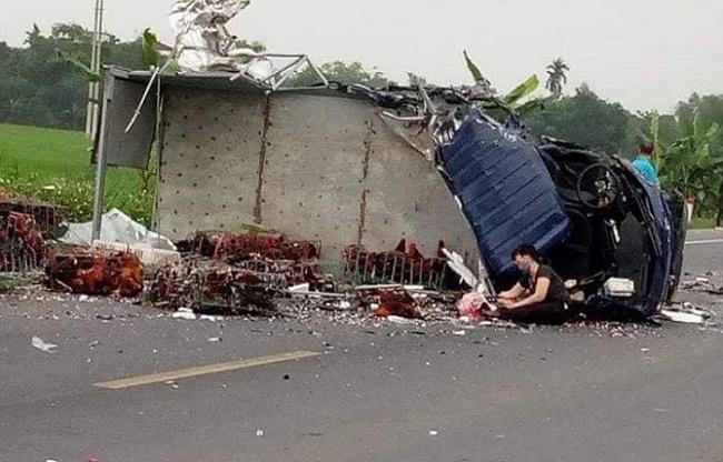 Tin tai nạn giao thông mới nhất ngày 14/4/2019: Người phụ nữ bán vé số bị xe khách cán tử vong - Ảnh 4