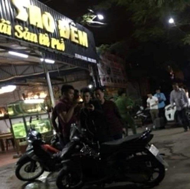 Hà Tĩnh: Nổ súng trong vụ hỗn chiến trên quốc lộ, người dân bỏ chạy tán loạn - Ảnh 2