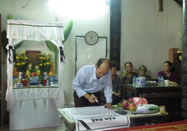 """Vụ nữ lao công bị """"xe điên"""" tông tử vong: Sở GD&ĐT Hà Nội đảm bảo nơi học cho con trai nạn nhân - Ảnh 2"""
