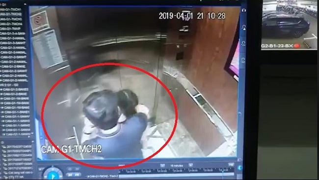 Nghi án sàm sỡ bé gái trong thang máy: Người đàn ông đến cơ quan công an làm việc  - Ảnh 1