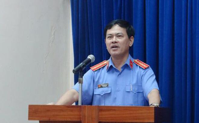 Vụ bé gái bị sàm sỡ trong thang máy: Nguyên Viện phó VKSND TP. Đà Nẵng đang là luật sư - Ảnh 1