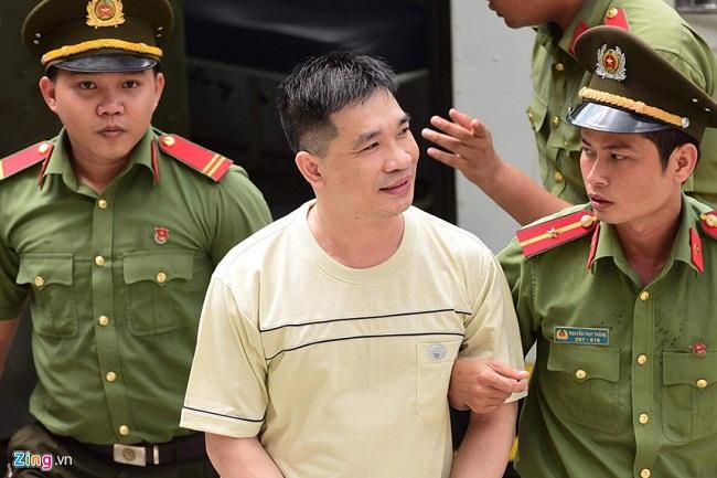 """Nước mắt và nụ cười của """"trùm"""" ma túy Văn Kính Dương cùng các đồng phạm trong 3 ngày xét xử - Ảnh 1"""