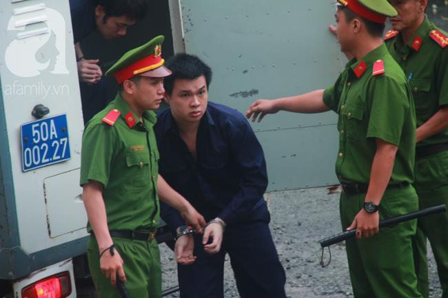 """Nước mắt và nụ cười của """"trùm"""" ma túy Văn Kính Dương cùng các đồng phạm trong 3 ngày xét xử - Ảnh 5"""