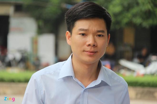 Xét xử vụ chạy thận 9 người chết ở Hòa Bình: Bác sĩ Hoàng Công Lương đến tòa cùng chú ruột - Ảnh 1
