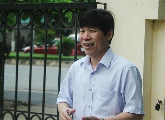Xét xử vụ chạy thận 9 người chết ở Hòa Bình: Bác sĩ Hoàng Công Lương đến tòa cùng chú ruột - Ảnh 3