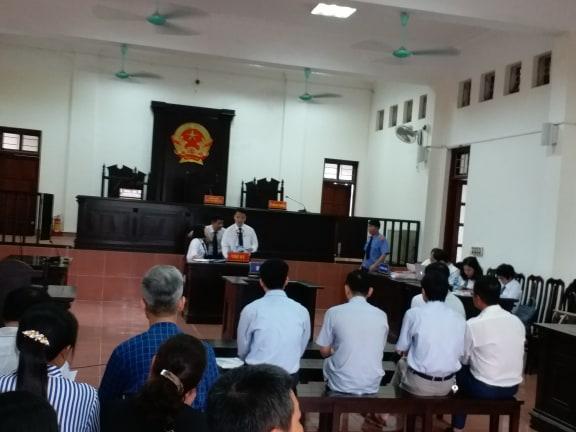 Bác sỹ Hoàng Công Lương lần đầu lý giải việc từ chối 9 luật sư từng bào chữa cho bản thân - Ảnh 2