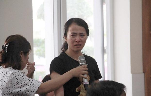 Vụ cô giáo tát tới tấp học sinh ở Hải Phòng: Yêu cầu buộc thôi việc nữ giáo viên - Ảnh 1