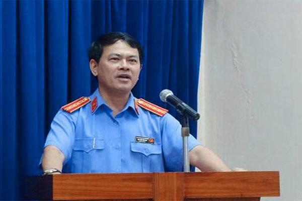 """Bị truy tố về tội """"Dâm ô với người dưới 16 tuổi"""", ông Nguyễn Hữu Linh có thể chịu án 3 năm tù - Ảnh 2"""