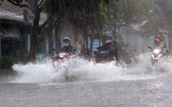 Dự báo thời tiết ngày 3/5/2019: Bắc bộ mưa giông diện rộng, đề phòng mưa đá, tố lốc - Ảnh 1
