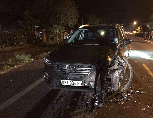 """Tin tai nạn giao thông mới nhất ngày 6/5/2019: 2 chiến sĩ cảnh sát bị xe máy """"kẹp 3"""" đâm thương vong - Ảnh 2"""