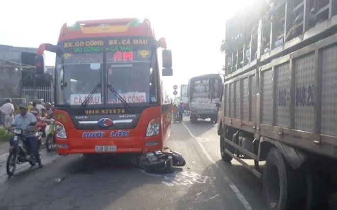 Tin tai nạn giao thông mới nhất ngày 7/5/2019: Bé trai 8 tuổi bị xe khách tông tử vong - Ảnh 2