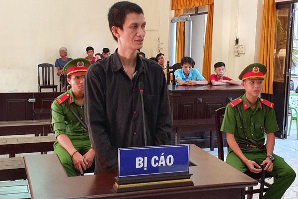 Kiên Giang: Cậu đâm chết cháu trai trong cơn say lĩnh án 16 năm tù - Ảnh 1