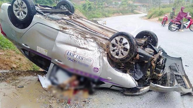 Tin tức tai nạn giao thông mới nhất hôm nay 2/6/2019: Xe buýt va chạm xe tải, 2 tài xế bị thương nặng - Ảnh 2