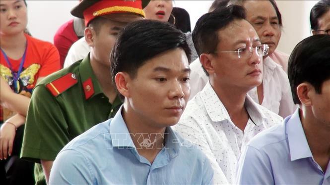 Xét xử vụ chạy thận 9 người chết ở Hòa Bình: Làm rõ công văn mật của Bộ Y tế - Ảnh 2