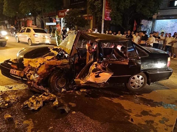 Tin tức tai nạn giao thông mới nhất hôm nay 20/6/2019: Va chạm với xe tải, 3 mẹ con thương vong - Ảnh 4