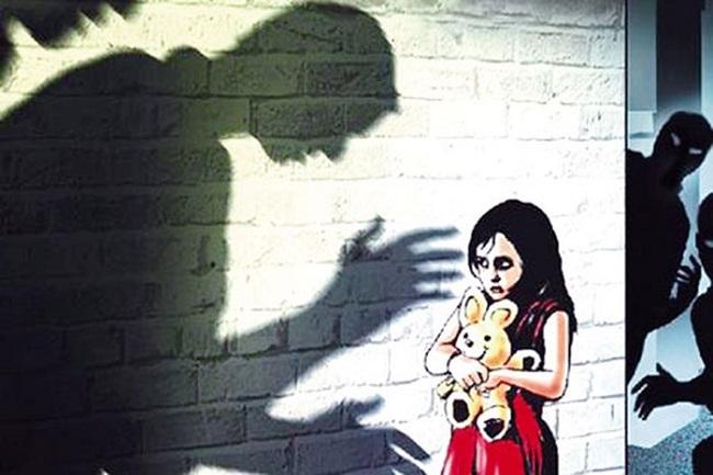 Tin tức pháp luật mới nóng nhất hôm nay 3/6/2019: Truy bắt nghi phạm dâm ô em họ của vợ - Ảnh 1