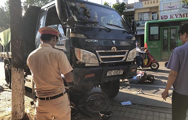 Tin tức tai nạn giao thông mới nhất hôm nay 22/6/2019: Va chạm với ô tô, 1 người tử vong - Ảnh 2