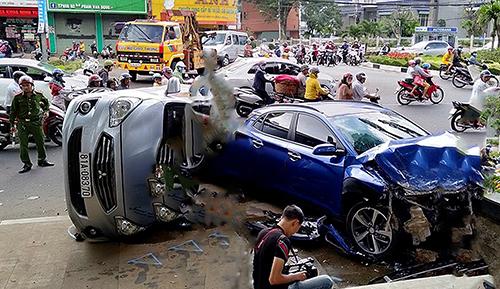 Tin tức tai nạn giao thông mới nhất hôm nay 22/6/2019: Va chạm với ô tô, 1 người tử vong - Ảnh 3