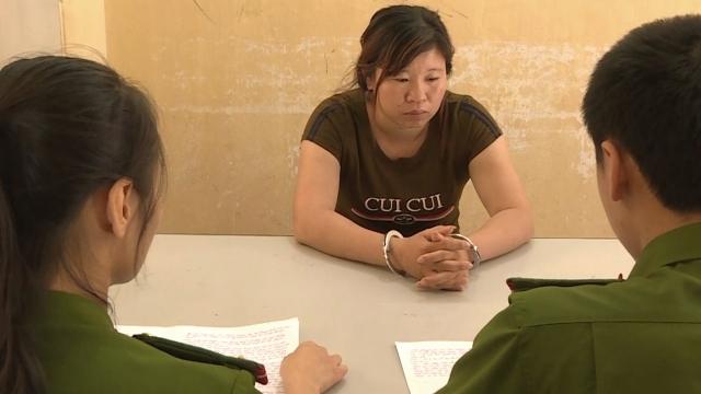 """Sơn La: Bắt """"má mì"""" 8x cầm đầu đường dây buôn bán phụ nữ Việt sang Trung Quốc - Ảnh 1"""