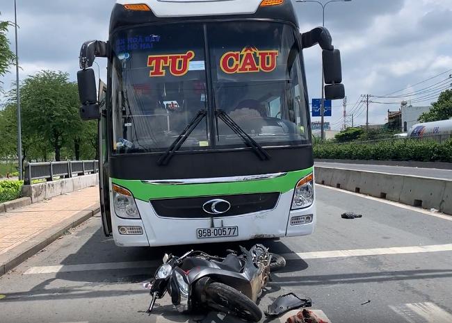 Tin tức tai nạn giao thông mới nhất hôm nay 25/6/2019: Đi cấy thuê, 3 phụ nữ đâm phải xe tải thương vong - Ảnh 4