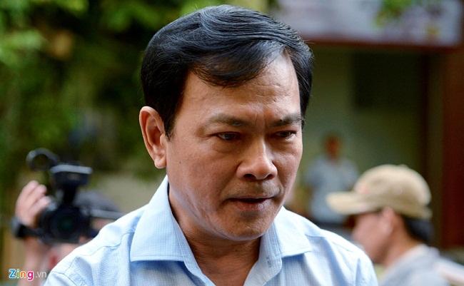 Sắc thái trái ngược của ông Nguyễn Hữu Linh và luật sư bào chữa khi đến phòng xử án - Ảnh 2