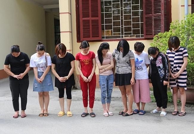 """Lạng Sơn: Phá đường dây đánh lô đề của nhóm """"nữ quái"""" giao dịch hơn nửa tỷ một ngày - Ảnh 1"""