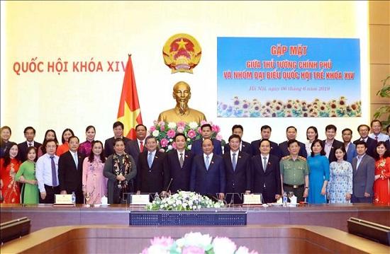 Thủ tướng Nguyễn Xuân Phúc: Đại biểu Quốc hội trẻ phải là lực lượng tiên phong đưa đất nước tiến lên - Ảnh 4