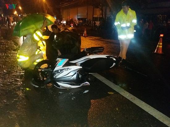 """Tin tức tai nạn giao thông mới nhất hôm nay 10/6/2019: Một CSGT tử vong trên đường đi """"gác"""" dịch tả lợn - Ảnh 1"""