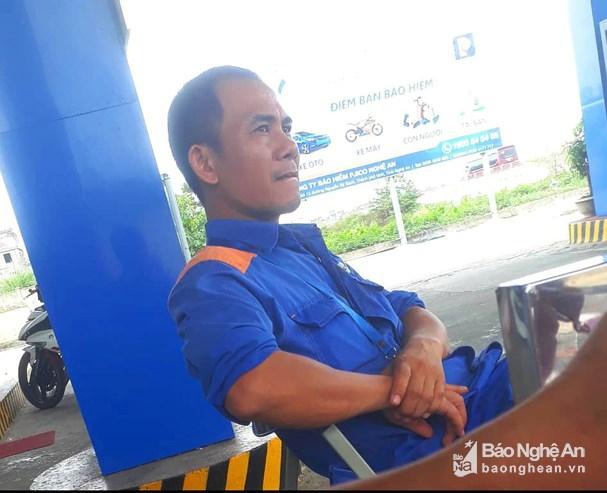 Vụ nữ nhân viên bán xăng bị sát hại ở Nghệ An: Công bố đặc điểm nhận dạng nghi phạm - Ảnh 2