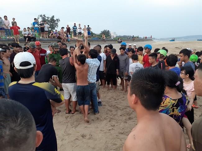 Bình Thuận: Bàng hoàng phát hiện người đàn ông đuối nước tử vong khi tắm biển - Ảnh 2