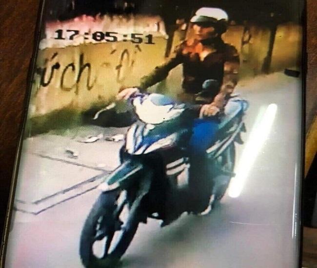 Vụ tài xế GrabBike bị cứa cổ, cướp xe máy ở TP.HCM: Bắt giữ đối tượng gây án - Ảnh 1