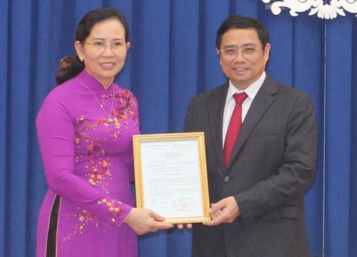 Bà Lê Thị Thủy được điều động giữ chức Bí thư Tỉnh ủy Hà Nam - Ảnh 1