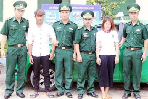 """Quảng Ninh: Tóm gọn """"má mì"""" bán trẻ em sang Trung Quốc lấy 5 triệu đồng tiền công - Ảnh 1"""