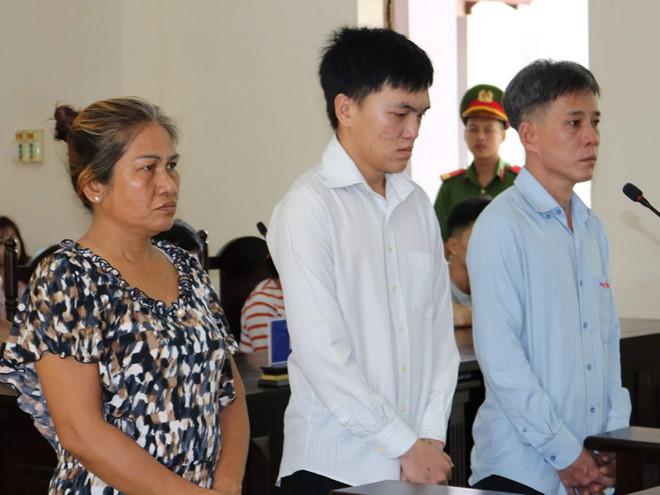 """Hai vợ chồng lĩnh án nặng vì nhờ bạn của con trai đi """"xử"""" đối thủ - Ảnh 1"""