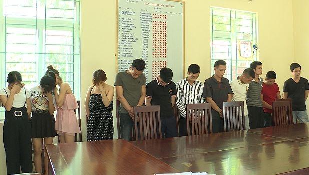 Vĩnh Phúc: Đột kích karaoke Thiên Thai, tóm gọn nhóm nam nữ thanh niên thác loạn ma túy - Ảnh 1