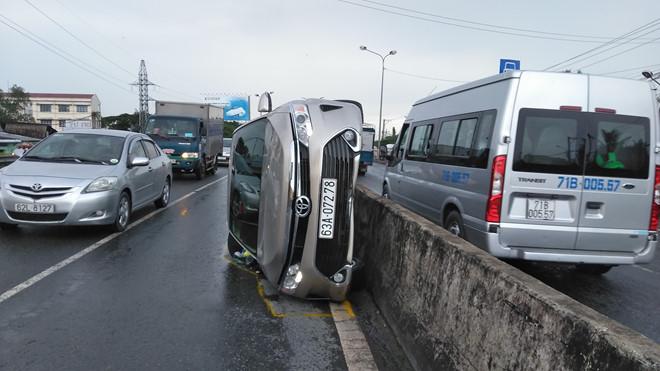 Tin tức tai nạn giao thông mới nhất hôm nay 29/7/2019: Mẹ ca sỹ Châu Việt Cường bị tàu hỏa cán tử vong - Ảnh 4
